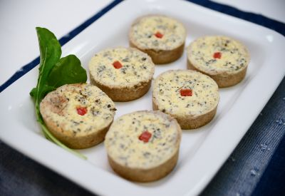 Mini quiche - Frango & Cia